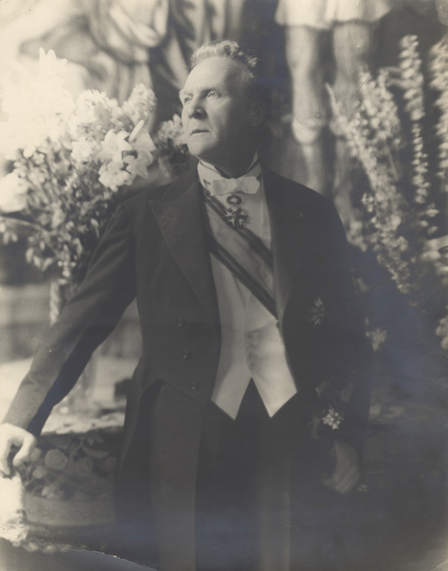 Fine original very large vintage three-quarter length photograph of the distinguished Russian bass in formal dress. Feodor CHALIAPIN.