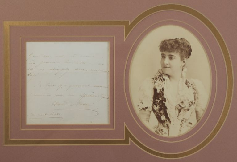 Autograph note signed in full with an original photograph. Adelina PATTI.