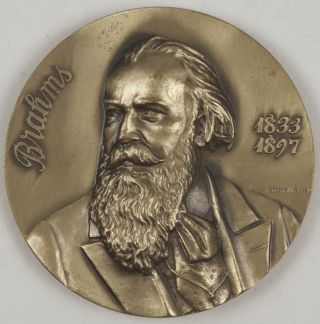 Bronze medallion by Humberto J. Mendes. Ca. 1980. Johannes BRAHMS