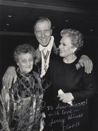 Signed photograph of Horne and the American operatic bass Jerome Hines together with an unidentified woman, in all likelihood Liesel Hilfreich, to whom the photograph is inscribed. Ca. 1990.
